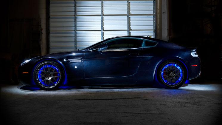 aston-martin-hre-wheels-oracle-lighting-technology-illuminated-wheel-rings-neons-rides-magazine
