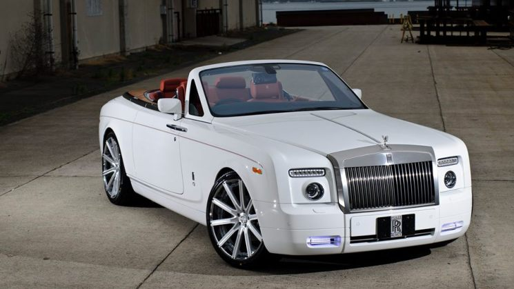 Rolls Royce Phantom Drophead On 22-Inch Lexani Wheels 12