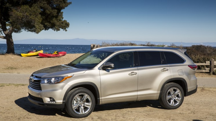 2014_Toyota_Highlander_LTD_Plat_1