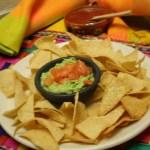 totopos guacamole