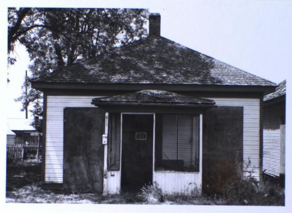 611 Ash Street, front elevation (1981)