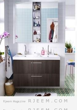 تثبيت وحدات تخزين على بعض جدران الحمام