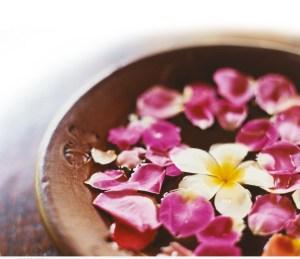 جمالكِ مع الزهور