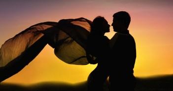 نصائح لتجعلي زوجك يصغي إليك باهتمام