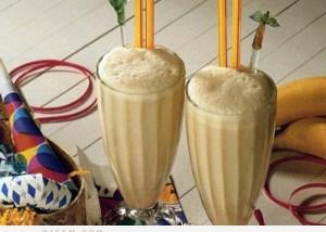 مشروب الموز والحليب بنكهة النيسكافيه