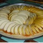 كيكة التفاح  بكريمة الزبدة