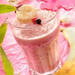 """العصير الارجواني """"الموز التوت و الصويا """""""