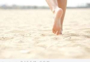 أهمية المشي باقدام عارية