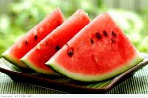 فوائد واستخدامات البطيخ الجمالية