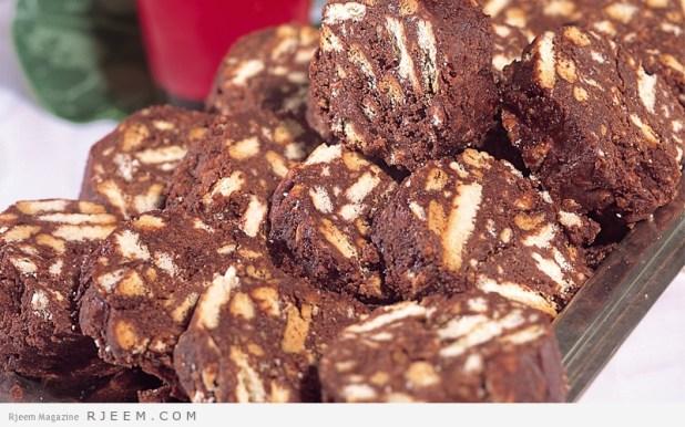 البسكوتي بالمكسرات والشوكولاته