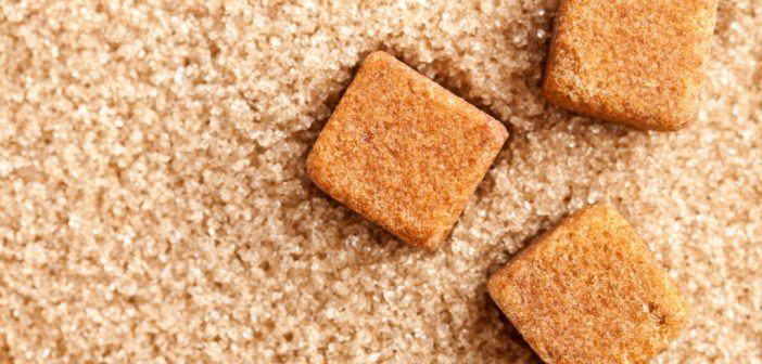 فوائد السكر البني - الفرق بين السكر الابيض والبني