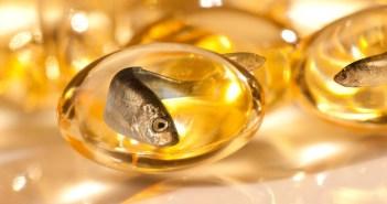 10 فوائد لزيت السمك