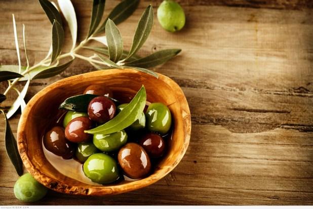اكثر من 10 فوائد صحية لزيت الزيتون