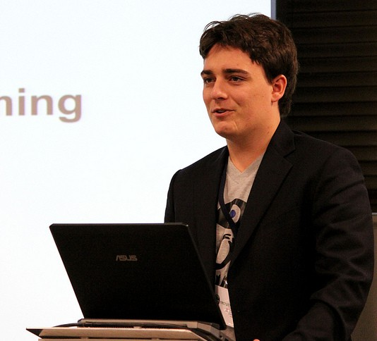 palmer luckey speech oculus rift virtual reality evolve london 2012