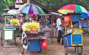 Hawkers on Kuta beach Bali