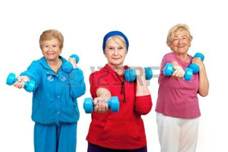 adultos-mayores-en-movimiento-1_3
