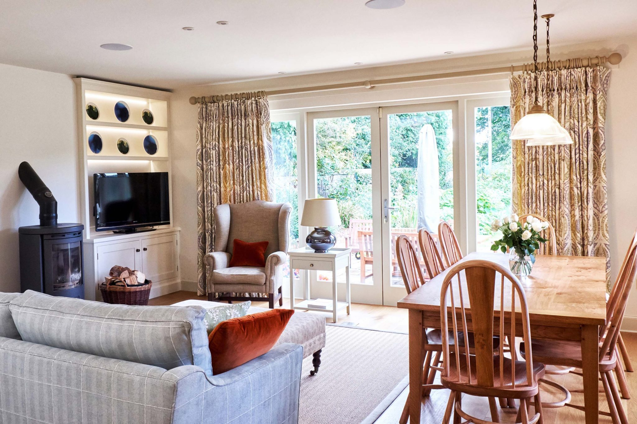 Joyous Day Soft Room Colours Are Really Interior Designers Scotland Robertson Lindsay Interiors Finished Room Has A Much Better Atmospheric Lighting Fordifferent Times interior Interior Design Living Room Photo