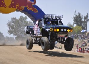 2010 06 Steele 300x216 Heidi Steele Battles Baja 500 for 2nd Place Finish on Yokohama Tires