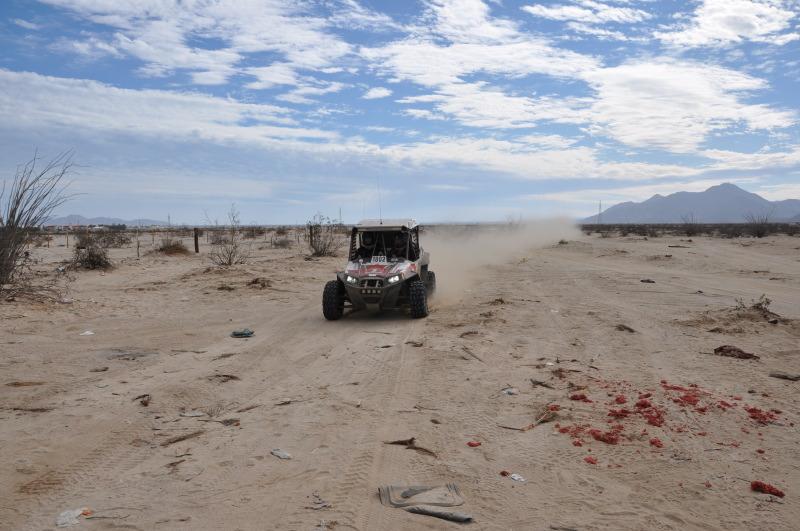 1802 Baja 1000 Kane Fraser Pilots UTV 1802 into Baja 1000 Internet History