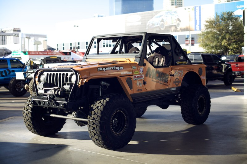 jeep 3 800x533 SEMA 2013: Built up Jeep Wrangler TJ Rock Crawler