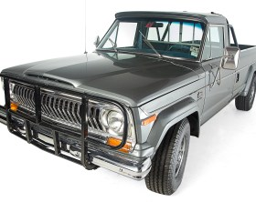 1978 Jeep J-10 - front 3q - Omix-ADA (High Res)