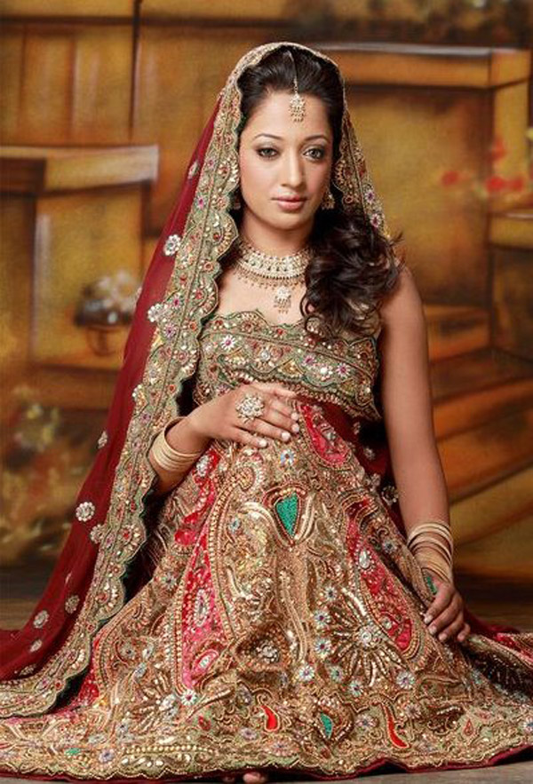 bridal lengha choli0351 Real Bride Catch Up with... Pria!