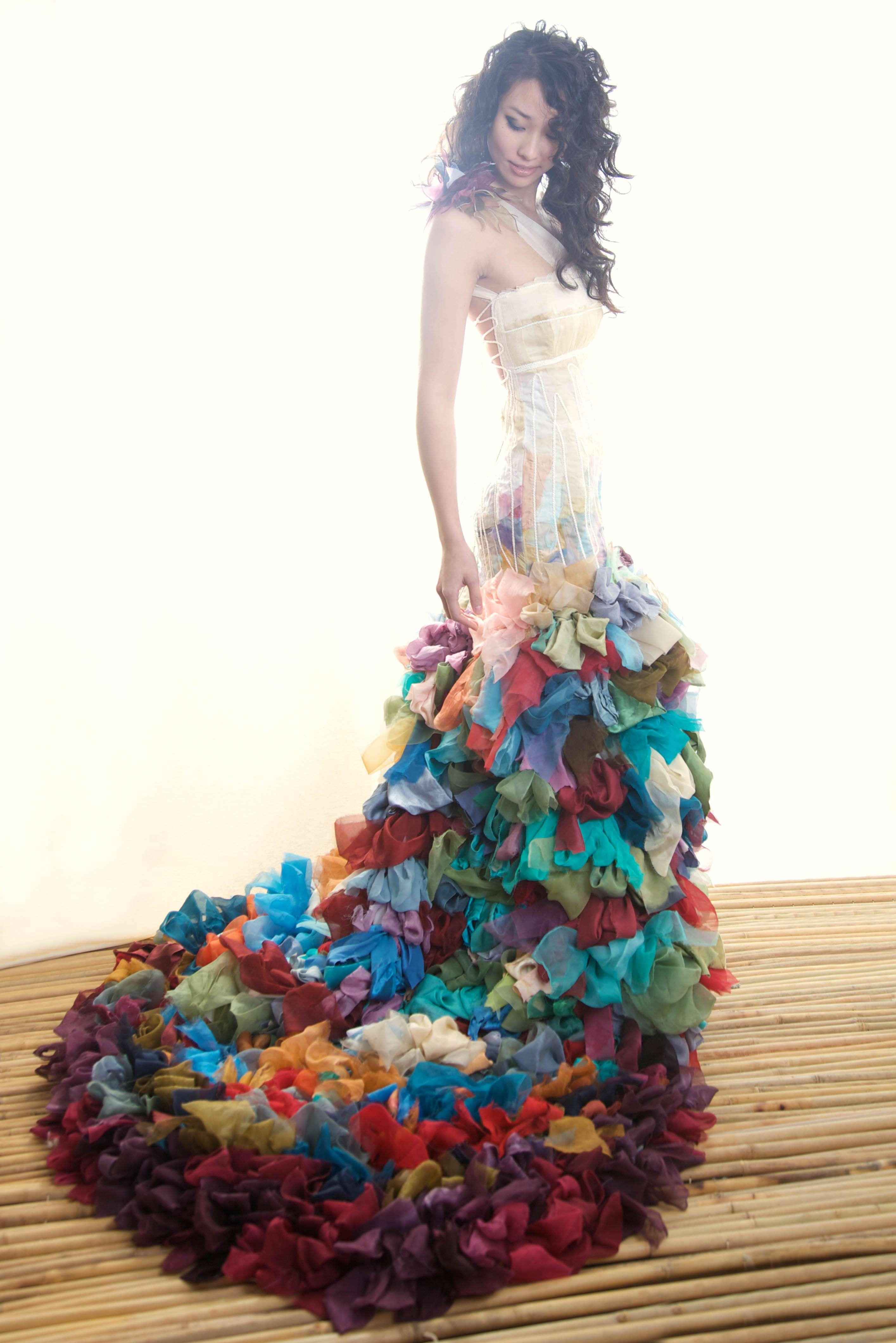 unique colorful wedding dresses color wedding dresses Unique Colorful Wedding Dresses 34