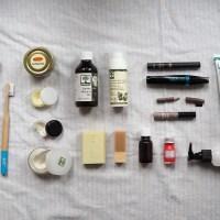 Minimalistisch Reisen: 4 Tipps für Kosmetik im Handgepäck