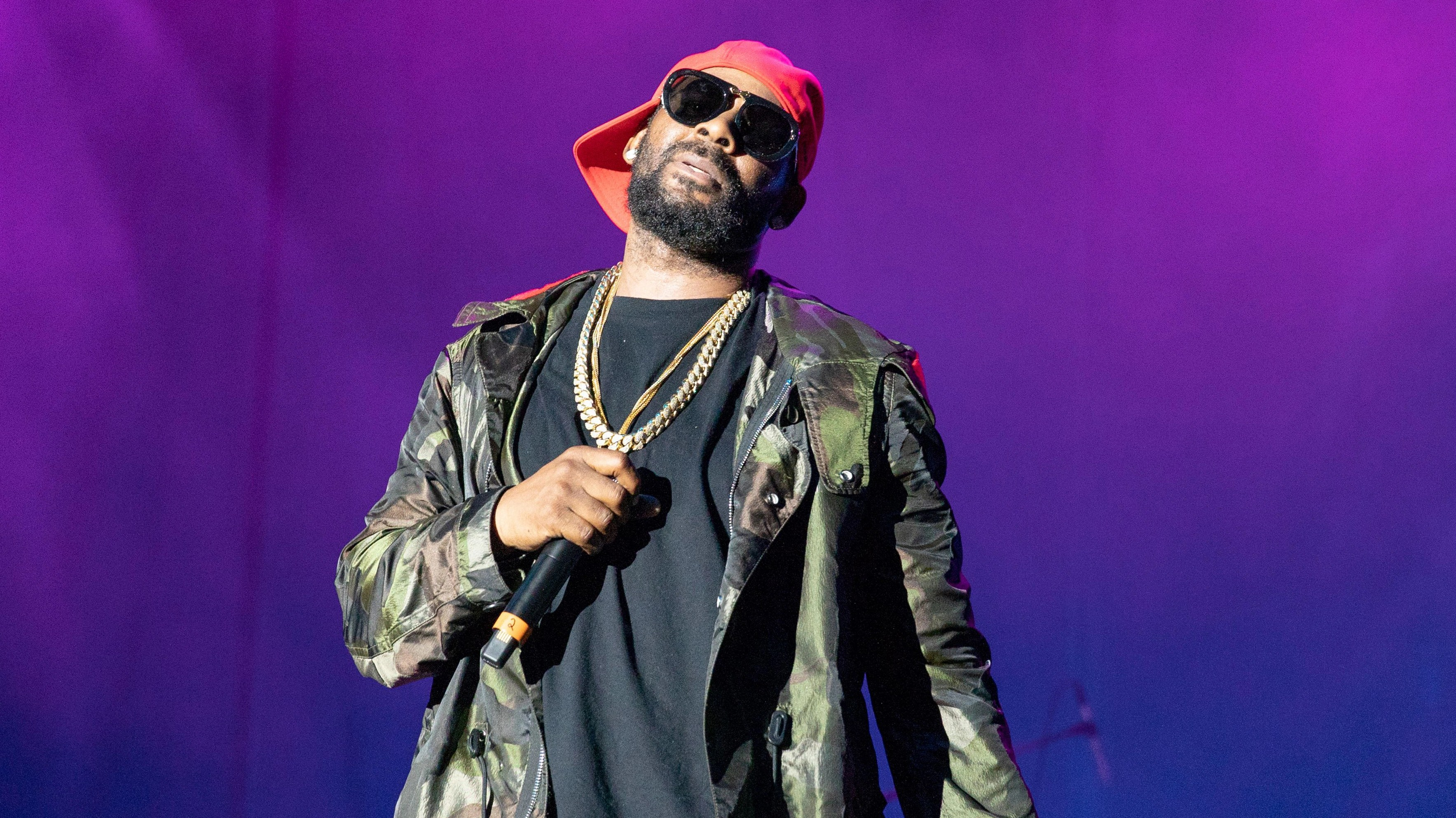 R  Kelly Addresses Sex Cult Allegations  Spotify Ban on 19 Minute     R  Kelly   Robert Kelly4th Annual V103 Summer Block Party  Huntington Bank  Pavilion