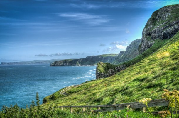 Carrick-a-rede Rope Bridge | Roots and Wings Family Travel