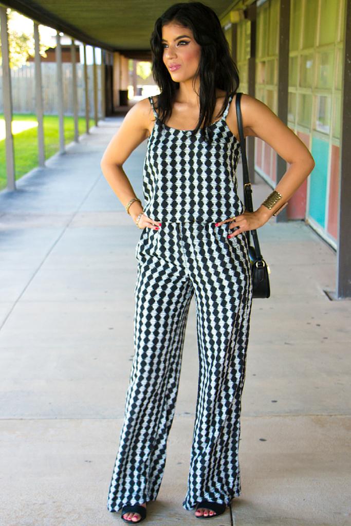 Black & White Jumpsuit + Pattern Details - Rosy | Peña
