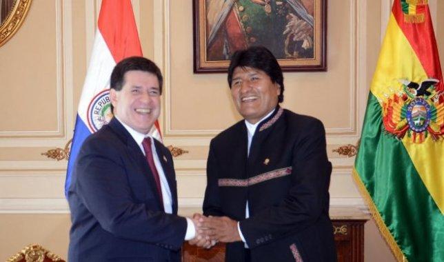 Presidential handshake
