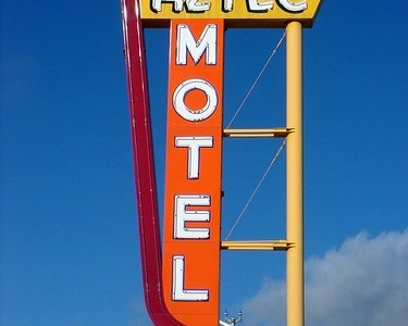 Albuquerque's Aztec Motel sign taken down
