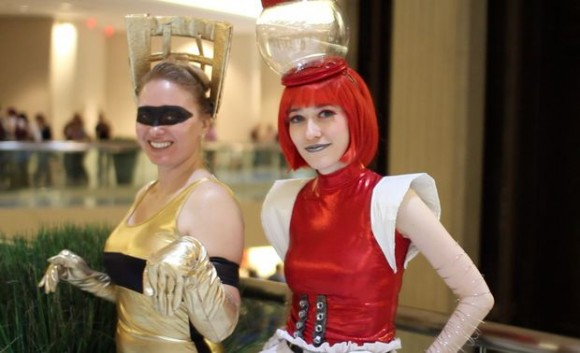 female crow and tom servo cosplay