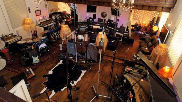 rent-studio-space-970-80