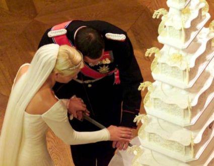 Mette-Marit Wedding Dress 5