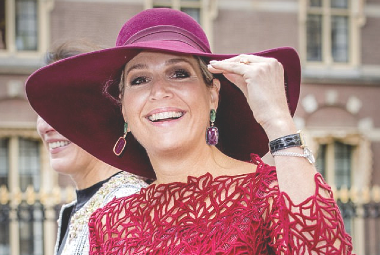 Queen Máxima Wows in Red [again]