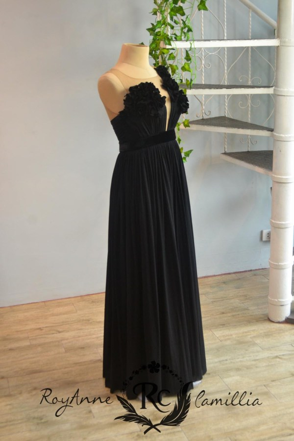 black rental gown by royanne camillia the best gowns in manila Philippines