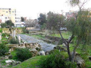 Starożytna ulica Tarsu odkryta w latach 1993-2003. Najnowsze znalezisko jest bardzo do niej podobne.
