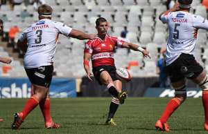 Marnitz Boshoff clears the ball for the Golden Lions