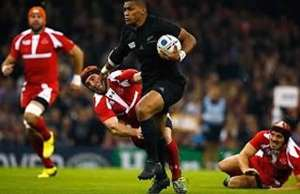 Waisake Naholo scored a fast try for New Zealand