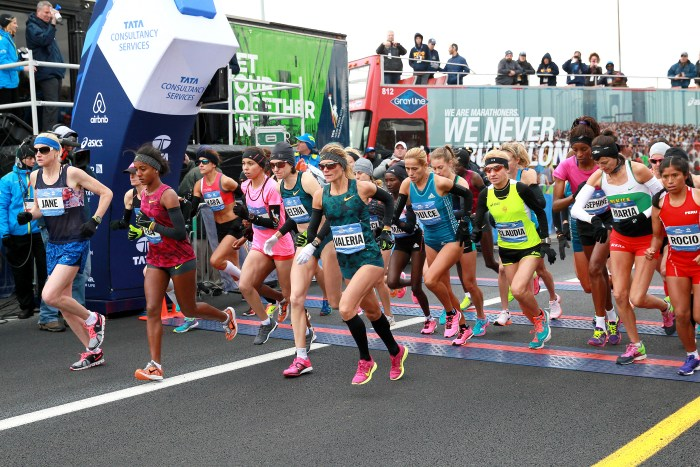 The start of the women's professional race at the 2014 TCS New York City Marathon. (Credit: PhotoRun/NYRR)