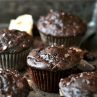 healthy double chocolate zucchini muffins