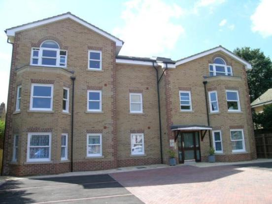 2 Bedroom Second Floor Apartment, Sunbury-on-Thames
