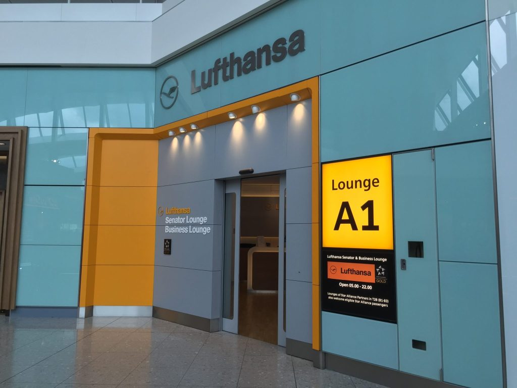 Lounge access is also included in Lufhansa's upgrade deal