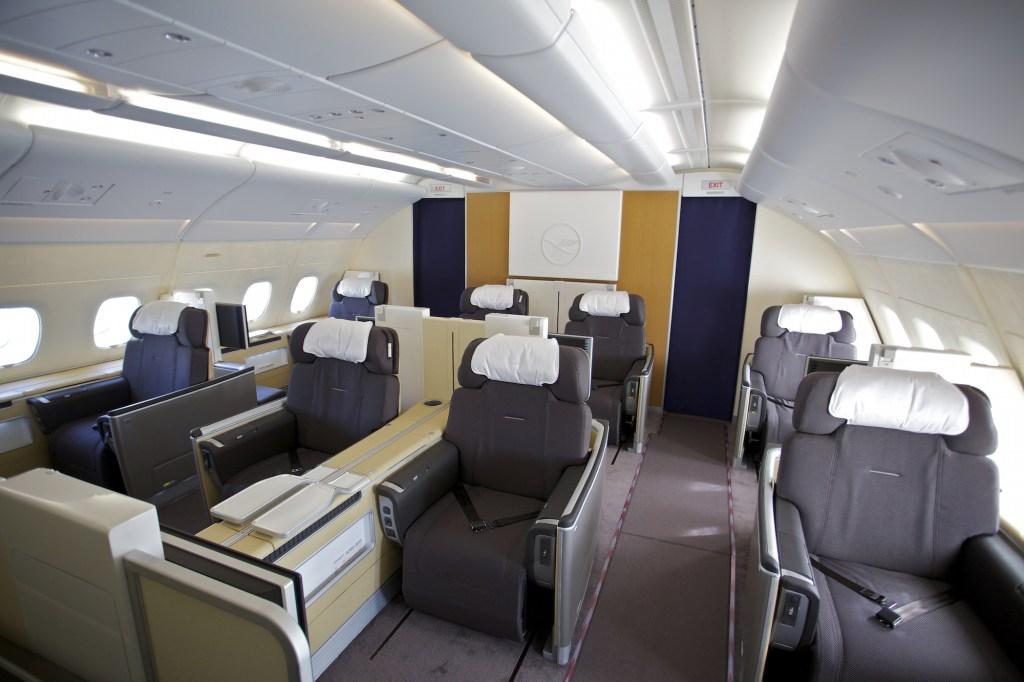 First Class im Airbus 380 der Deutschen Lufthansa. Hamburg, den 16.05.2010