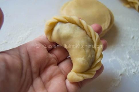 Baked Filipino Beef Empanada 28