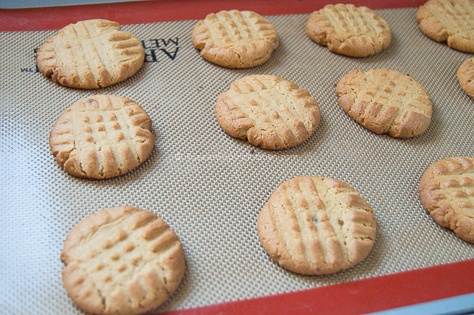 Classic Peanut Butter Cookies 19