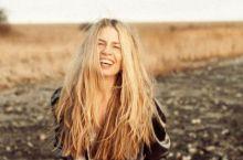Maggie Björklund – Shaken
