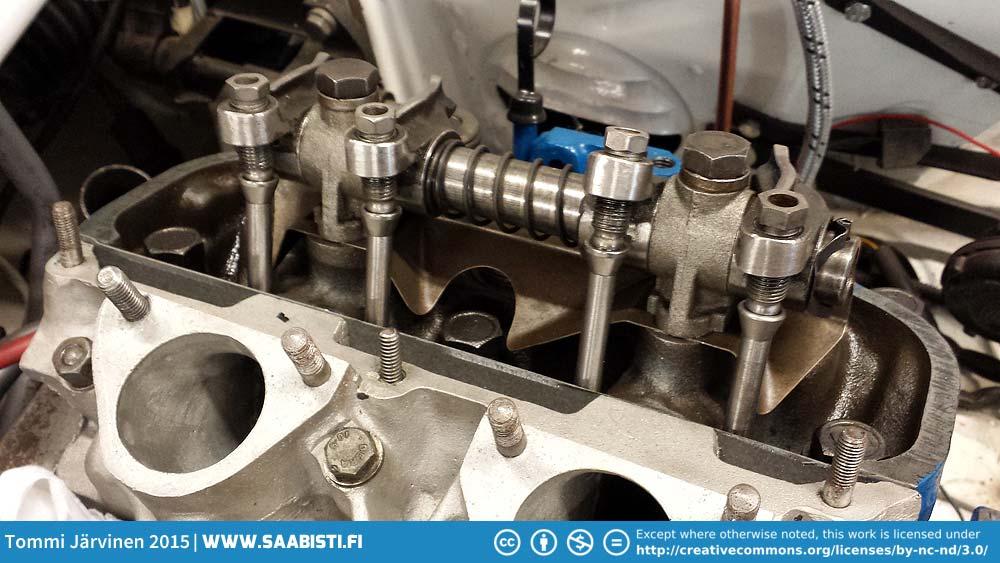 Saab-V4-valve-mechanism.jpg